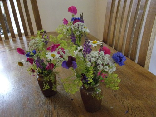 tea room flowers